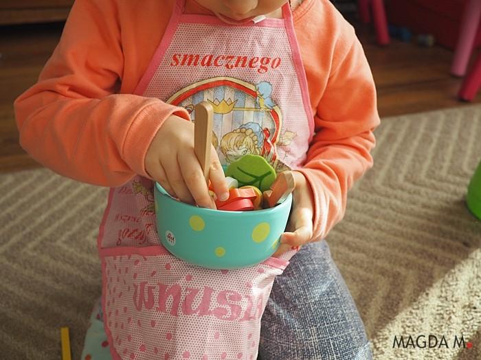 Mały pasjonat gotowania – jak wspierać zainteresowania dziecka