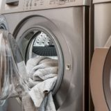 Pralko-suszarka czy pralka i suszarka osobno – co lepsze?